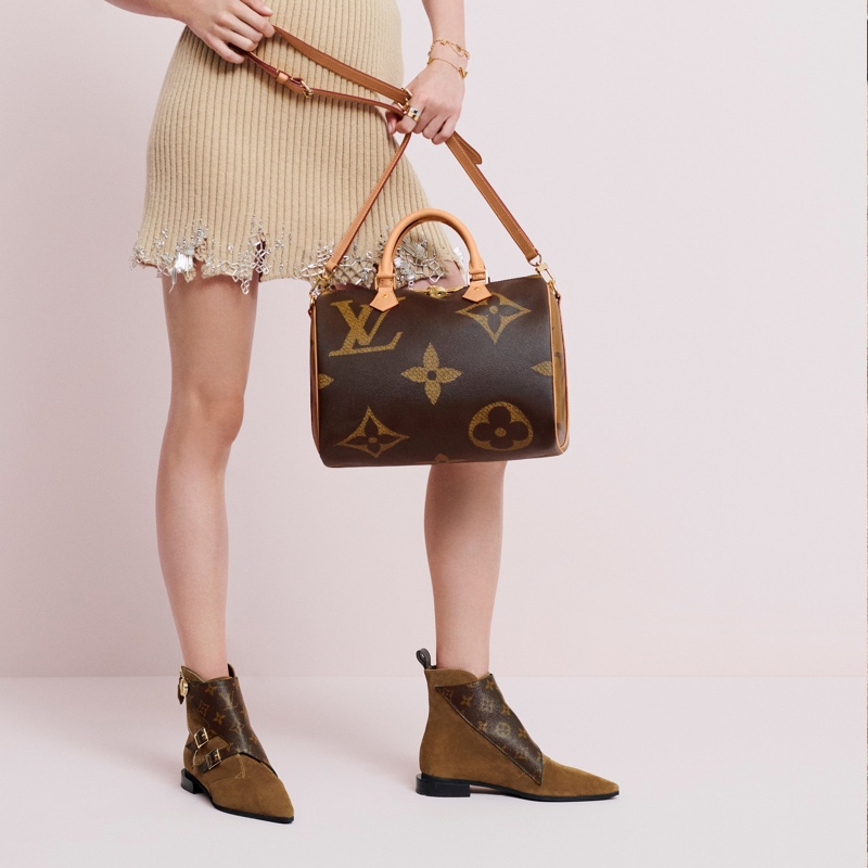 The Monogram Giant collection from Louis Vuitton features the Speedy handbag