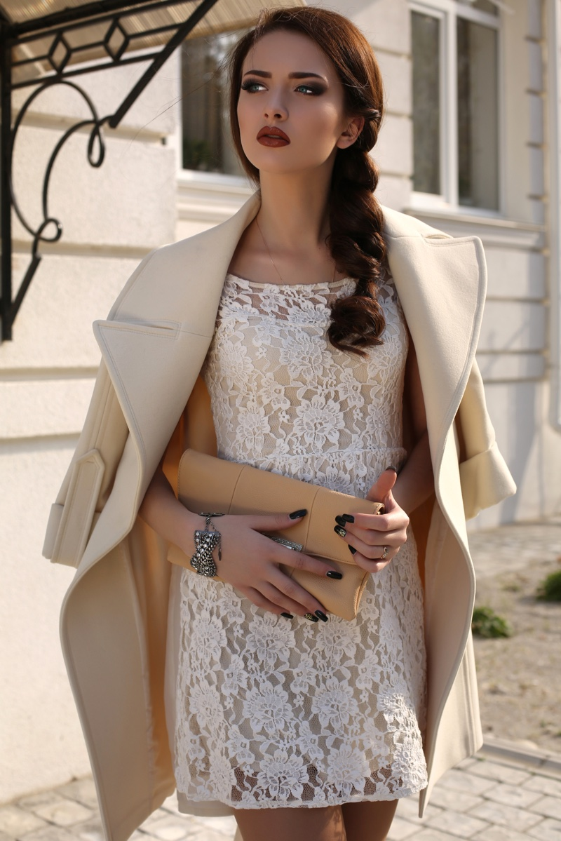 Model White Lace Dress Jacket