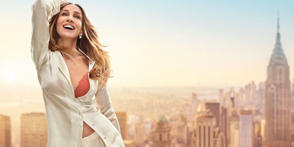 Sarah Jessica Parker poses against a New York City skyline in Intimissimi spring-summer 2019 campaign
