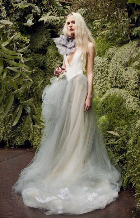 8ad8e439aac Vera Wang Bridal Enters the Garden for Spring 2020 Collection