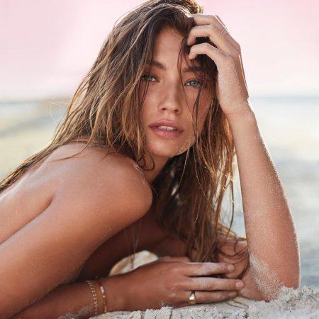 Lorena Rae stars in Victoria's Secret Bombshell Paradise fragrance campaign