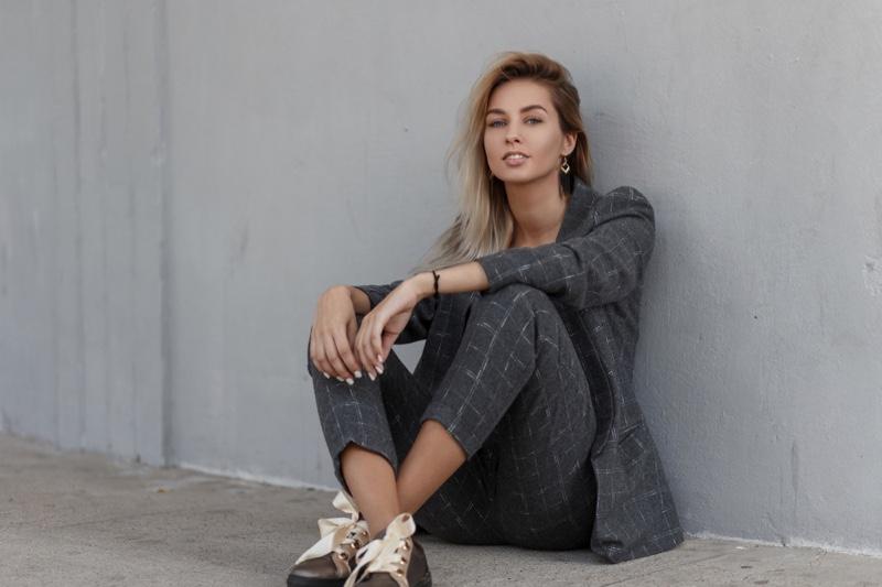 Woman Grey Pant Suit Stylish