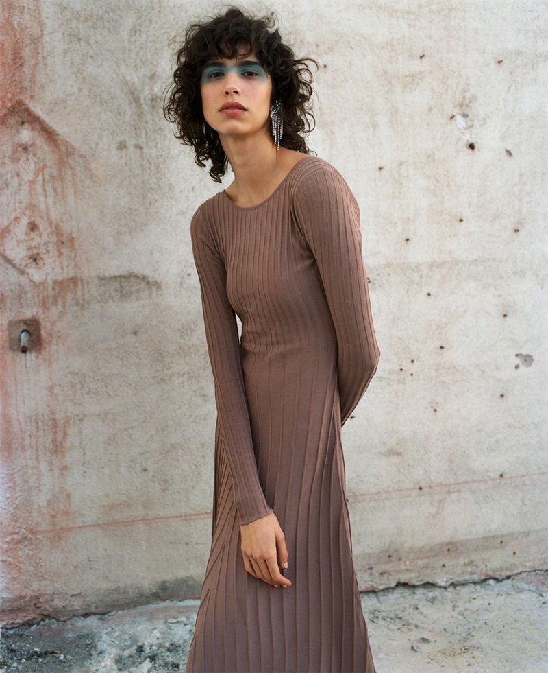 Mica Arganaraz wears Zara Limited Edition knit dress