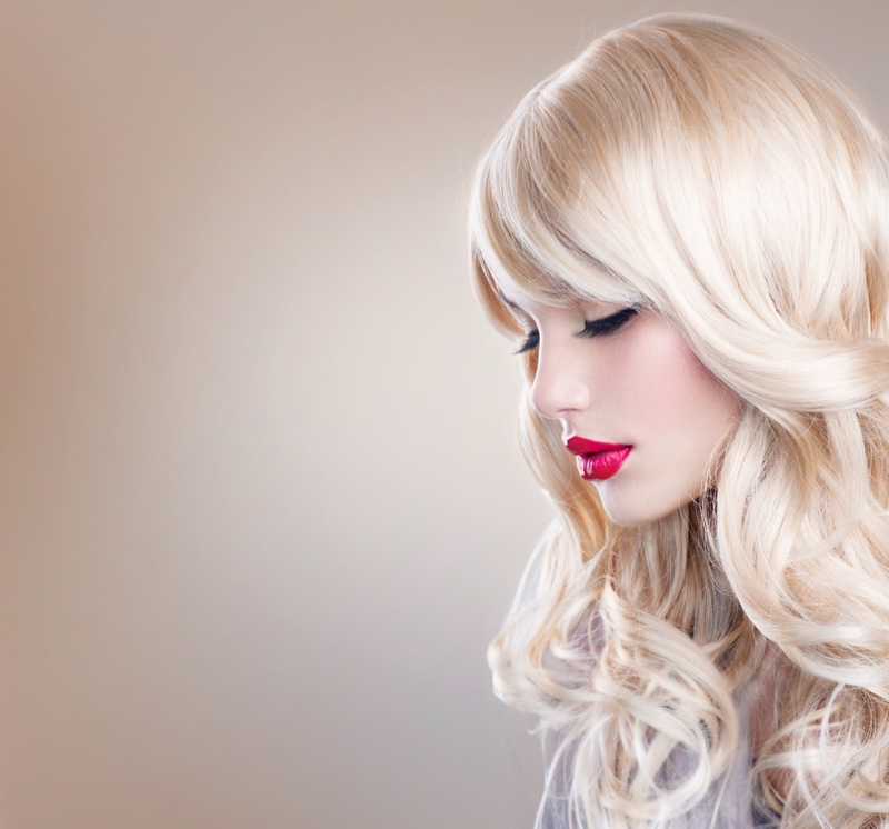 Blonde Hair Wig Red Lips
