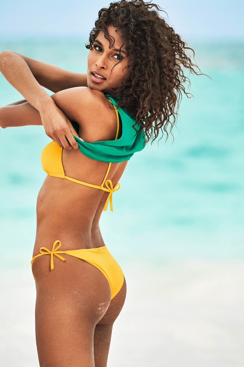 Posing on the beach, Cindy Bruna fronts Calzedonia Swim Summer 2019 campaign