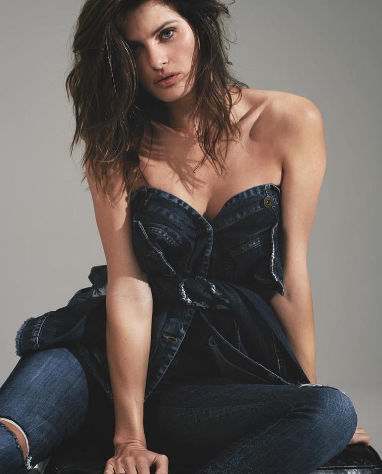 Isabeli Fontana looks chic in denim for Colcci fall-winter 2019 campaign