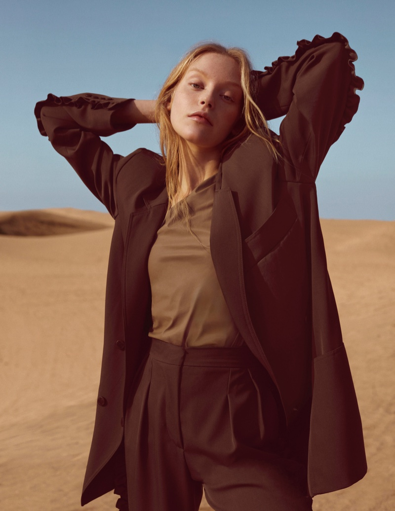 Jeske van der Pal Models the Neutral Trend for Marie Claire Spain