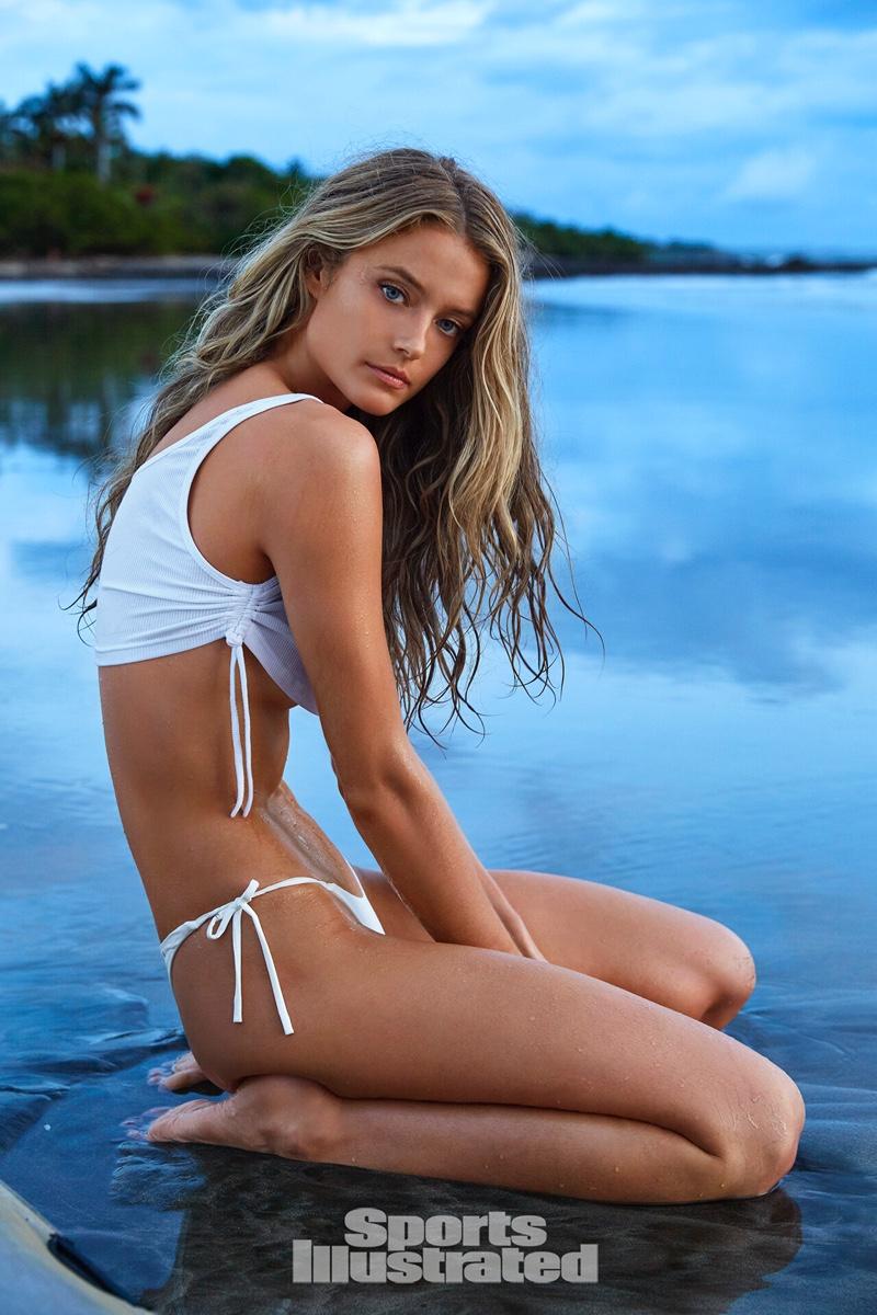 Kate Bock Sports Illustrated: Swimsuit Issue 2019 Photoshoot