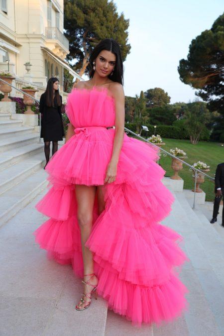 Kendall Jenner wears design from Giambattista Valli x H&M collaboration.