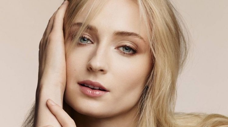Sophie Turner stars in Louis Vuitton B. Blossom fine jewelry campaign