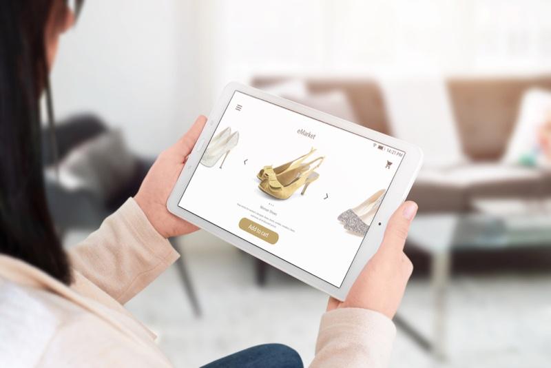 Woman E-Commerce Fashion Site Heels