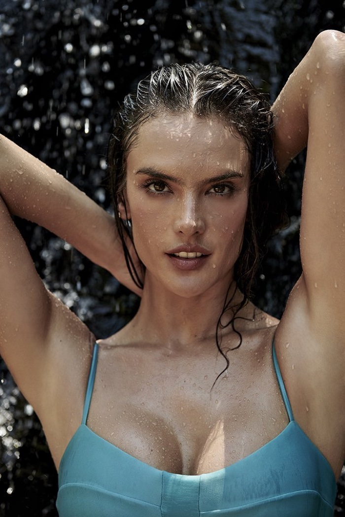 Ready for her closeup, Alessandra Ambrosio wears Gal Floripa Natural Mystic line