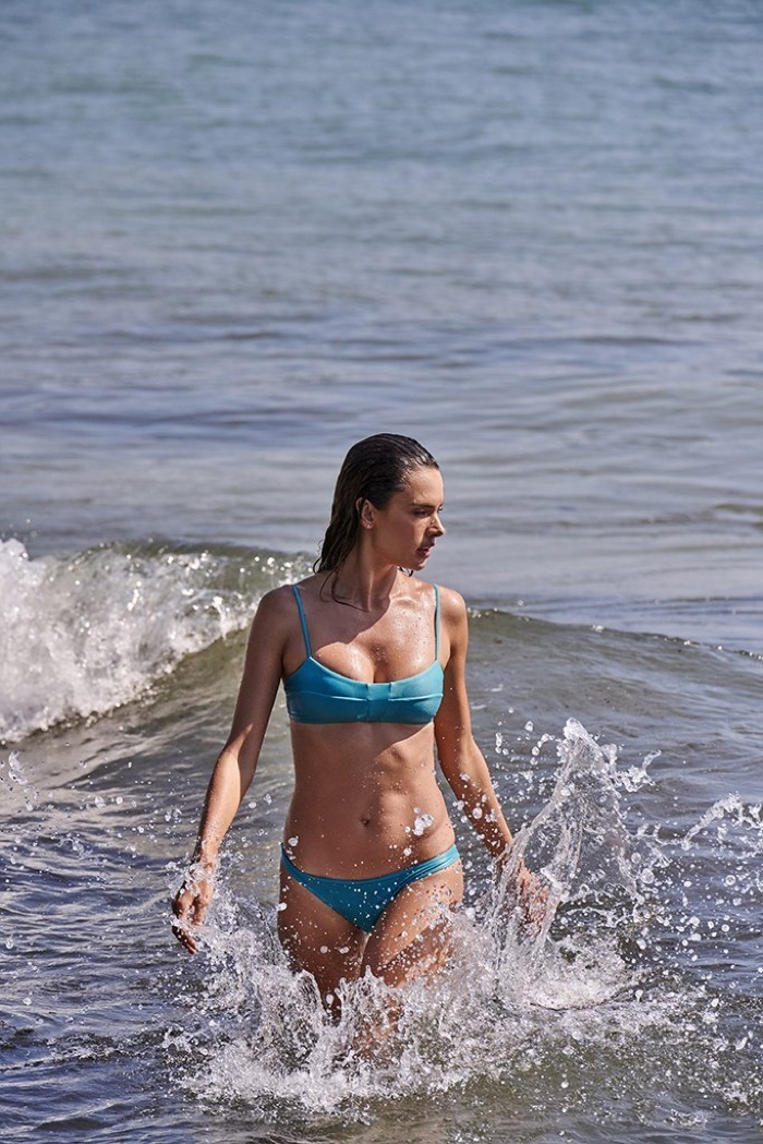 Model Alessandra Ambrosio poses in Hawaii for Gal Floripa Natural Mystic collection