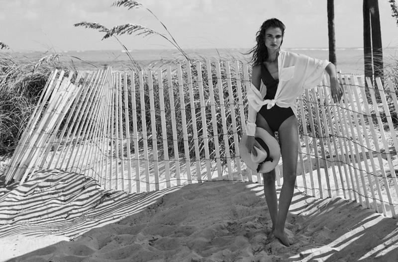 Model Blanca Padilla looks ready for swimsuit season in Pedro del Hierro's latest designs