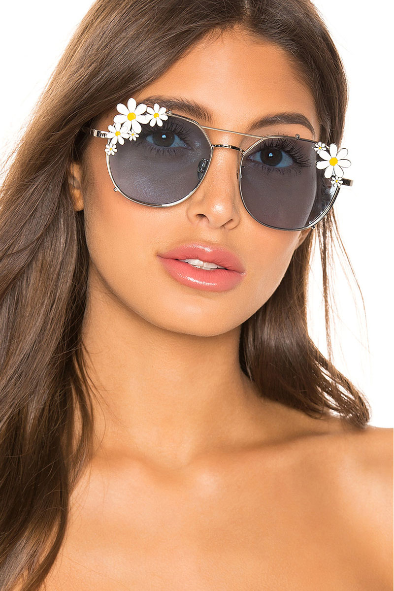 House of Harlow 1960 x REVOLVE Maggie Sunglasses in Blue $108