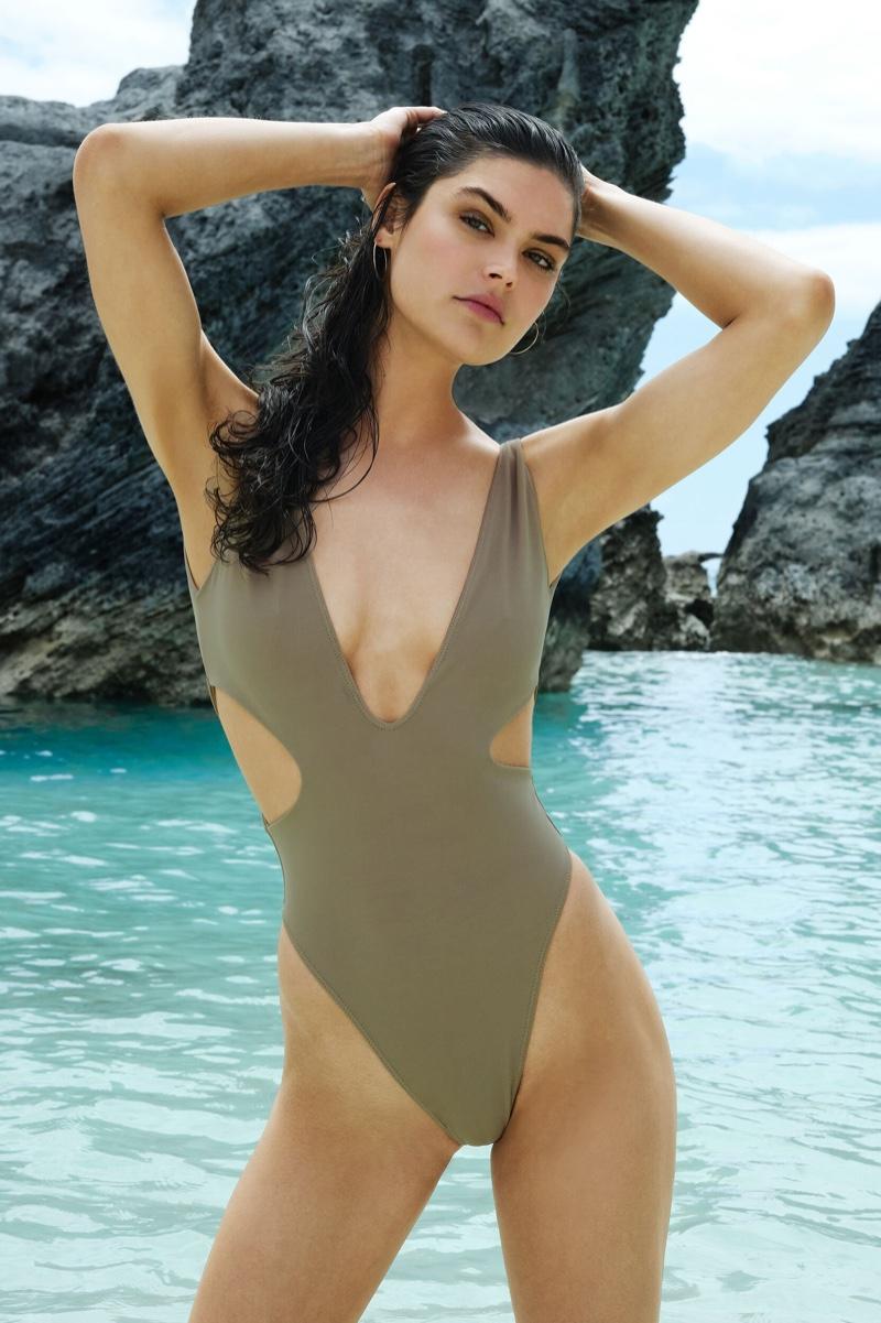 Lauren Layne Swim unveils spring-summer 2019 collection