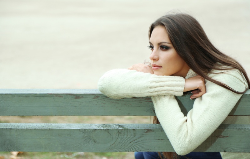 Lonely Woman Bench Sweater Model