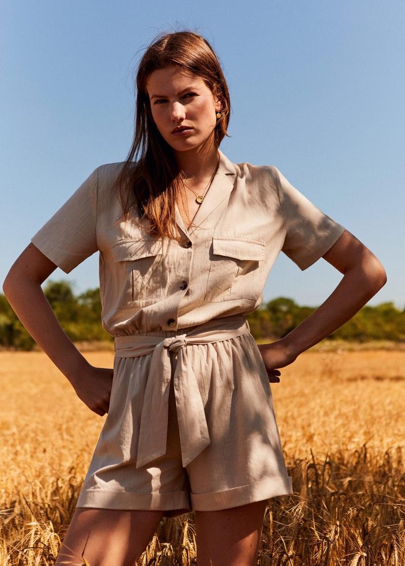 Roos van Elk shows off Mango's summer 2019 styles