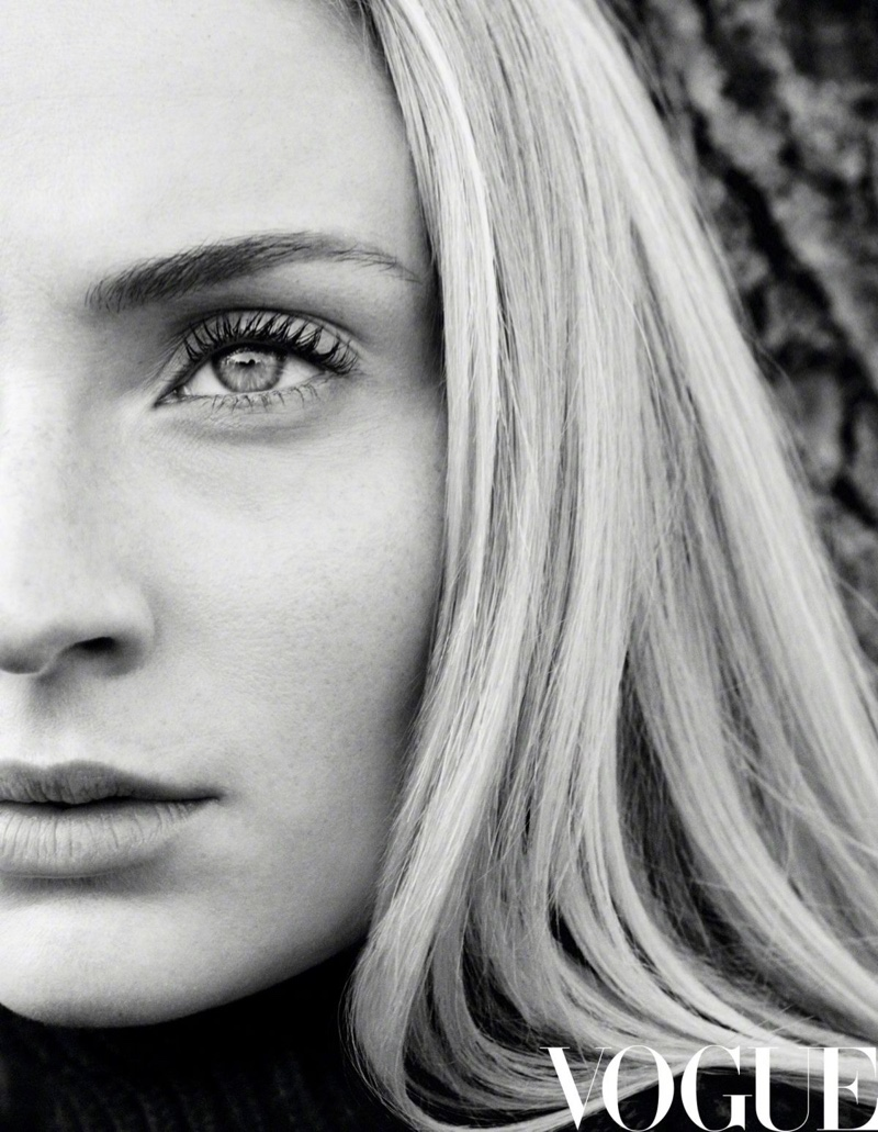 Ready for her closeup, Sophie Turner stuns in this shot