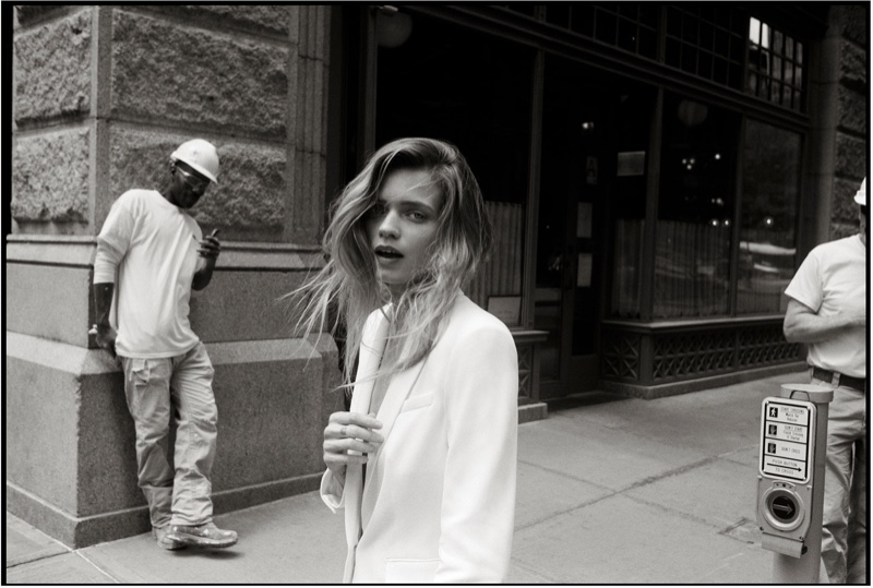 Posing in New York, Abbey Lee Kershaw fronts Rag & Bone 2019 Photo Project
