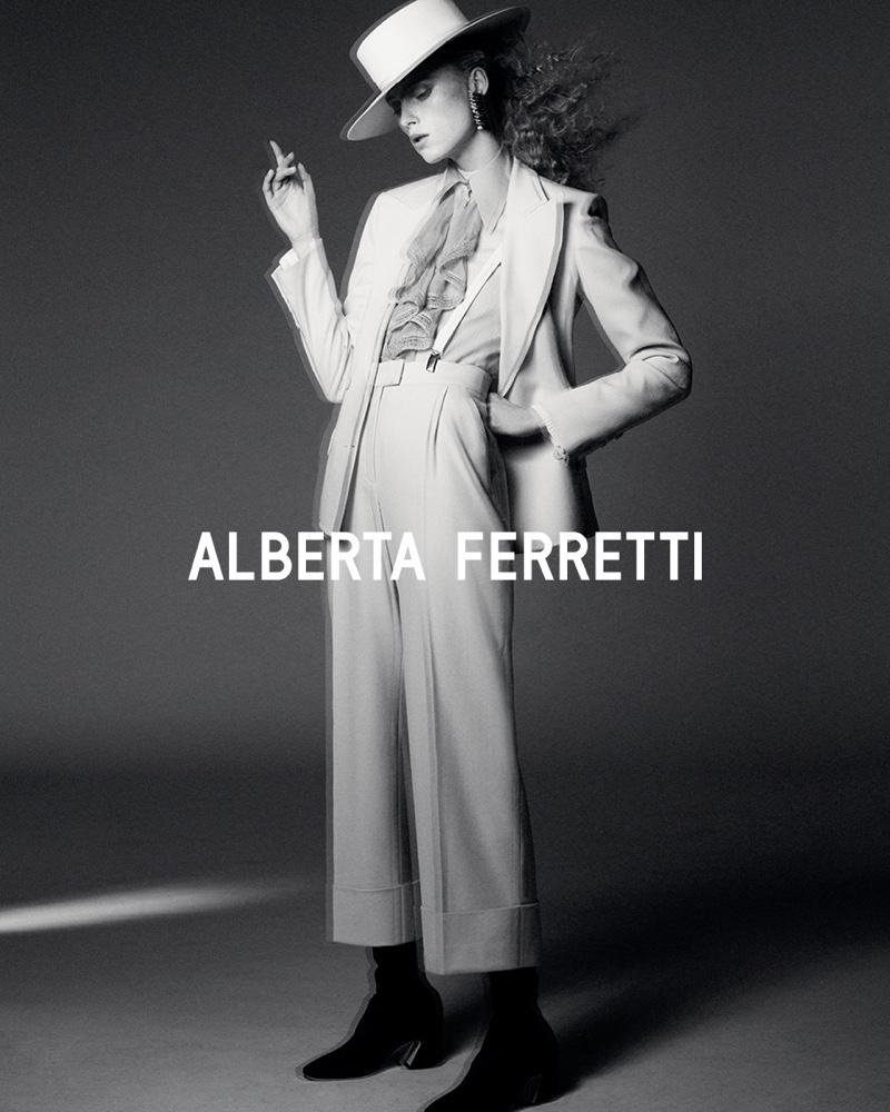 Alberta Ferretti unveils fall-winter 2019 campaign