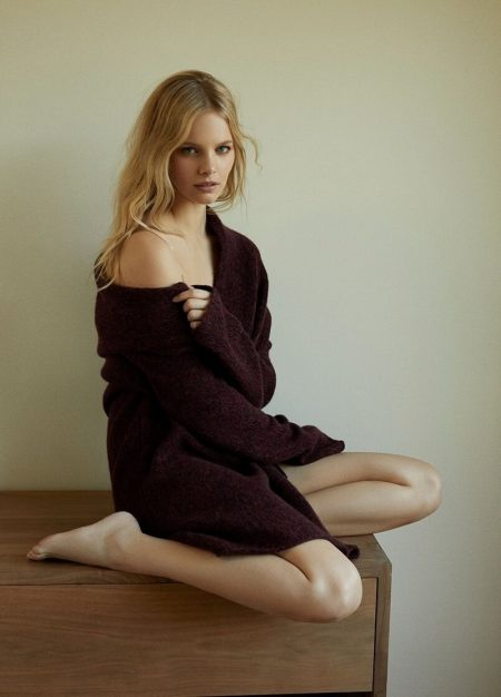 Marloes Horst Gets Cozy in 360 Cashmere Fall '19 Campaign