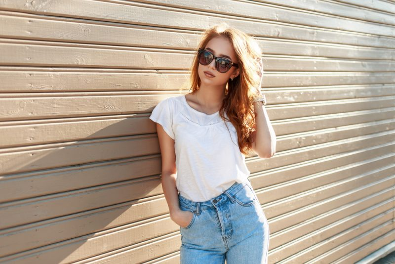 Model Wearing Mom Jeans