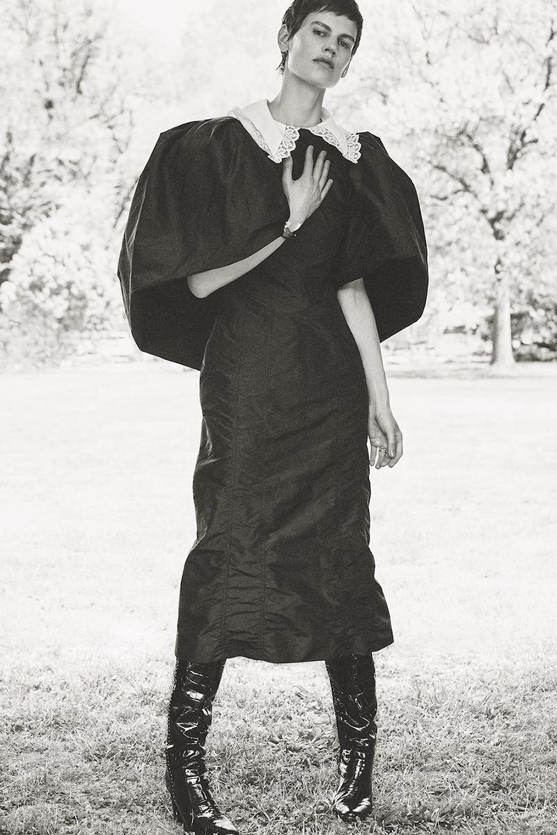 Saskia de Brauw Poses in Equestrian Fashion for S Moda