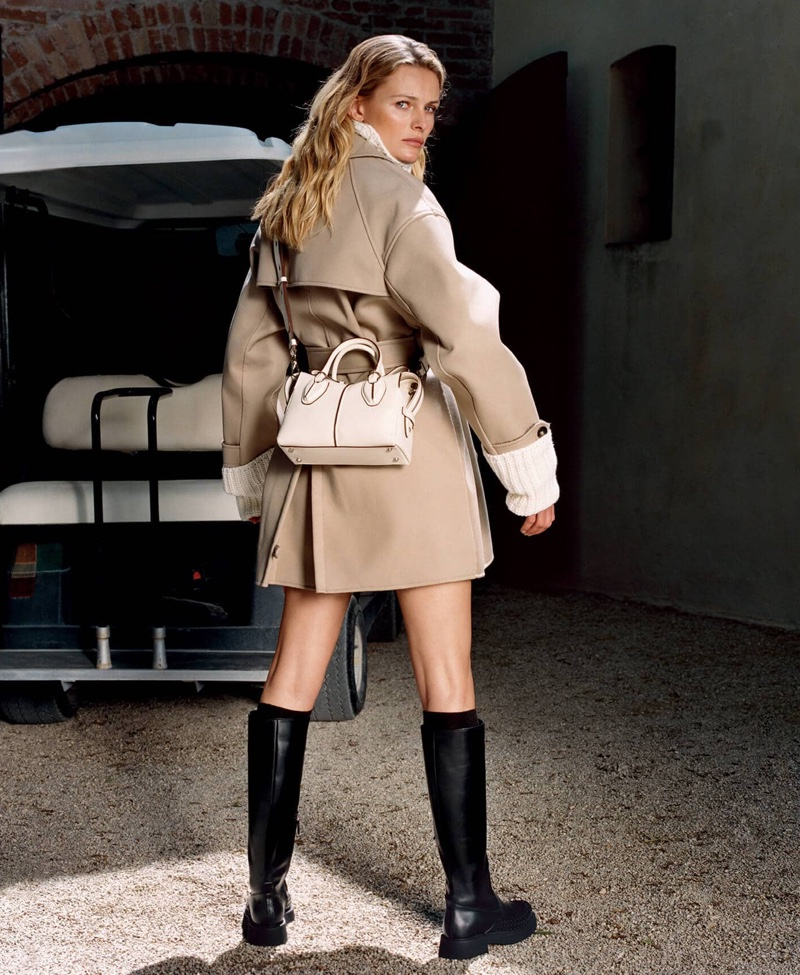 Tod's focuses on neutrals with fall-winter 2019 campaign