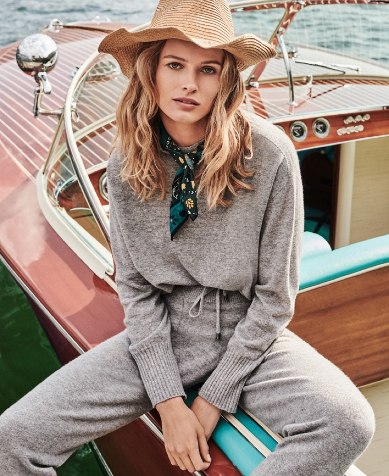 Neutrals take the spotlight for Twinset fall-winter 2019 campaign