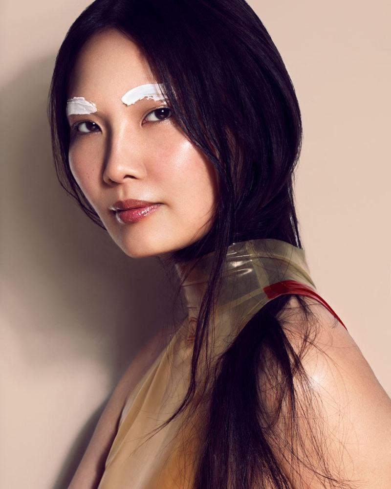 Alexa Wu Embraces Summer Beauty for L'Officiel India