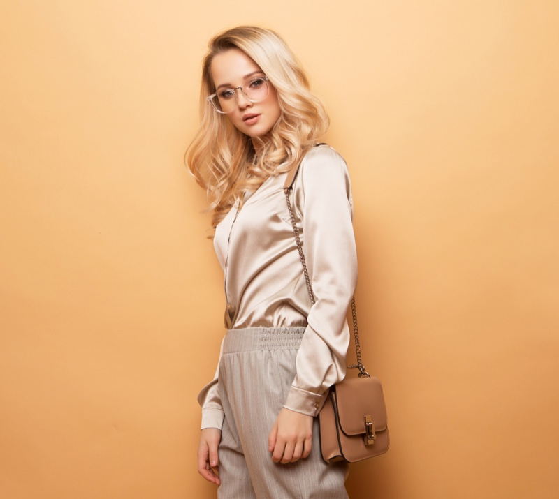Blonde Fashionable Office Look Glasses Bag