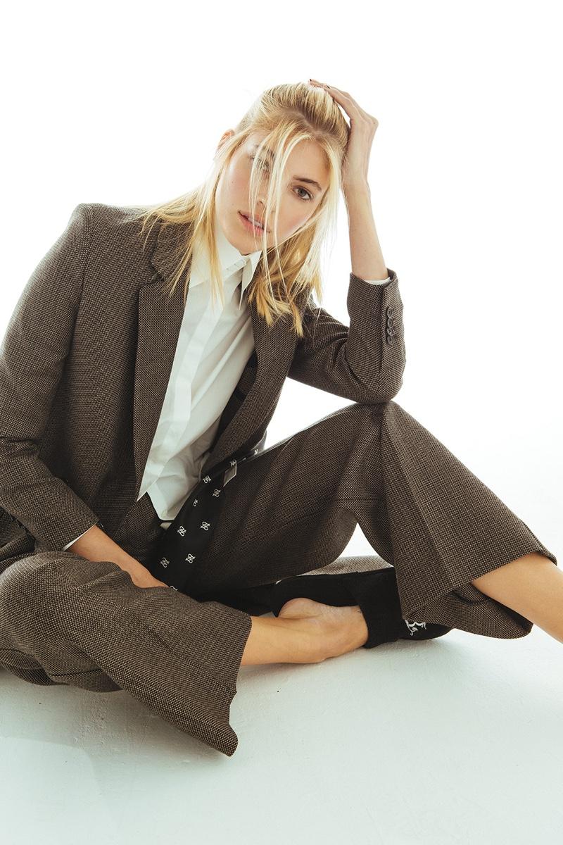 Devon Windsor Poses in Fendi Fashions for ELLE Mexico