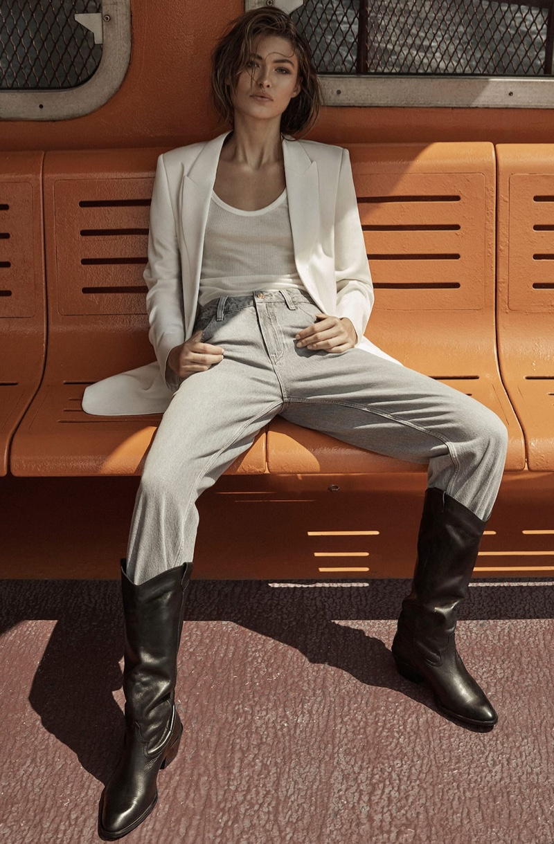 Grace Elizabeth poses in casual styles from Massimo Dutti's fall 2019 collection