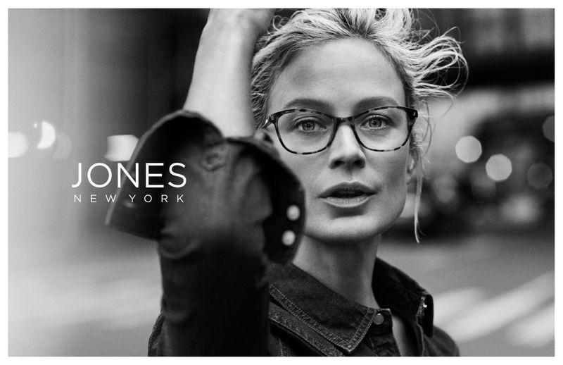 Carolyn Murphy wears eyewear in Jones New York fall-winter 2019 campaign