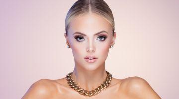 Model Gold Necklace Earrings Blonde Jewelry Beauty