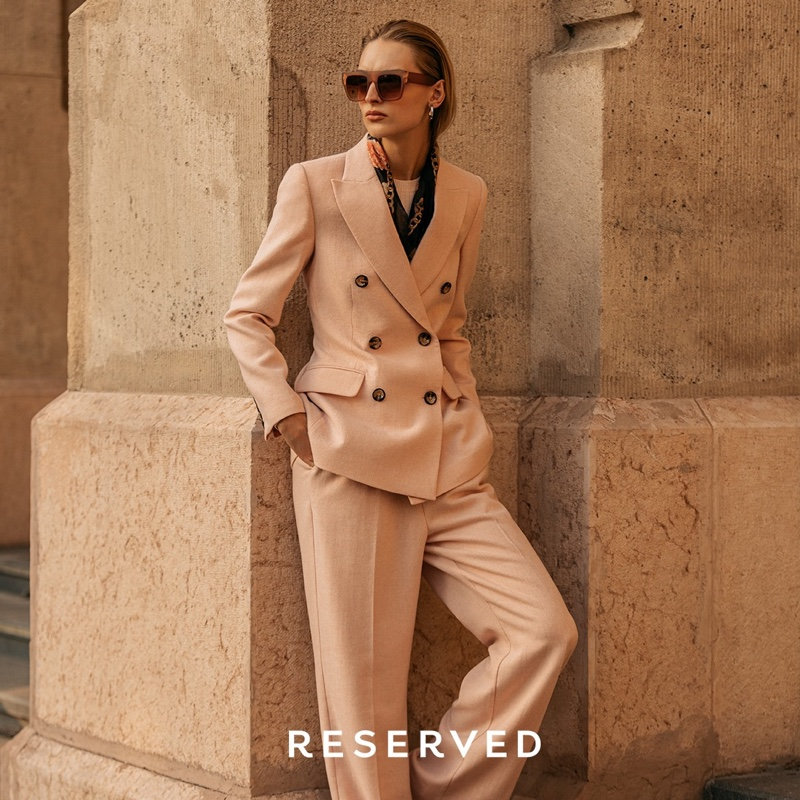 Model Daga Ziober suits up in Reserved fall 2019 collection