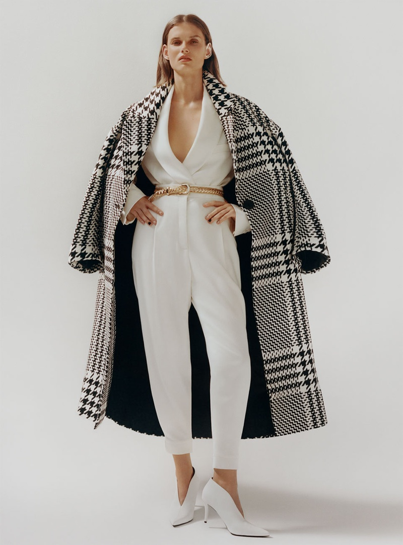 Zara Houndstooth Coat, Buttoned Cropped Blazer, Pants with Darts and Heeled Ankle Boots