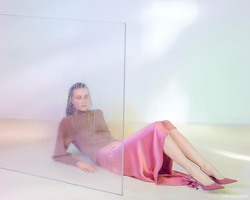 Skirt & Shoes Zara. Photo: Milos Mlynarik