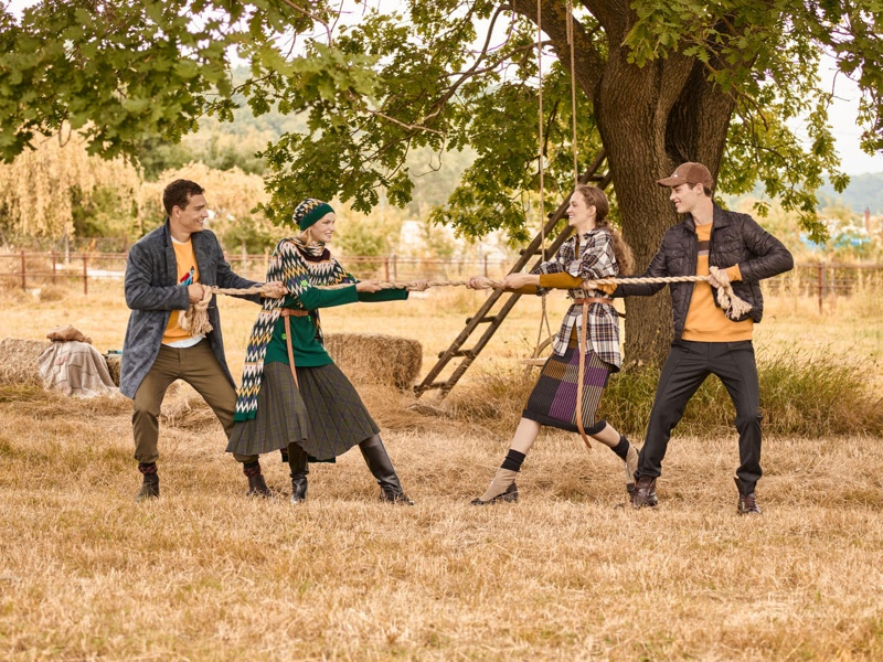 Models play tug of war for Beymen fall-winter 2019 campaign