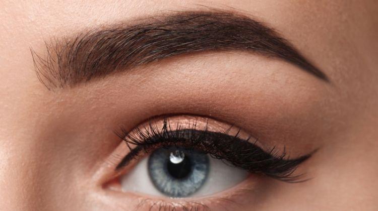 Closeup Eyebrows Winged Eyeliner