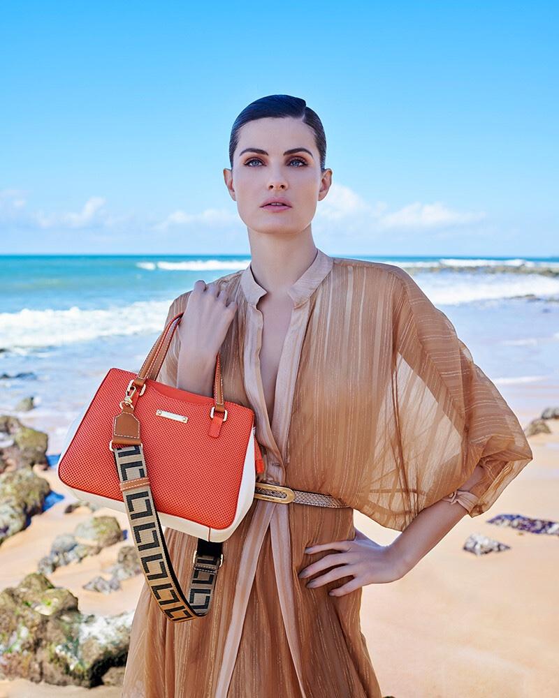 Model Isabeli Fontana is the face of Luz da Lua summer 2020 campaign