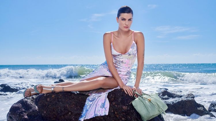 Posing at the beach, Isabeli Fontana appears in Luz da Lua summer 2020 campaign