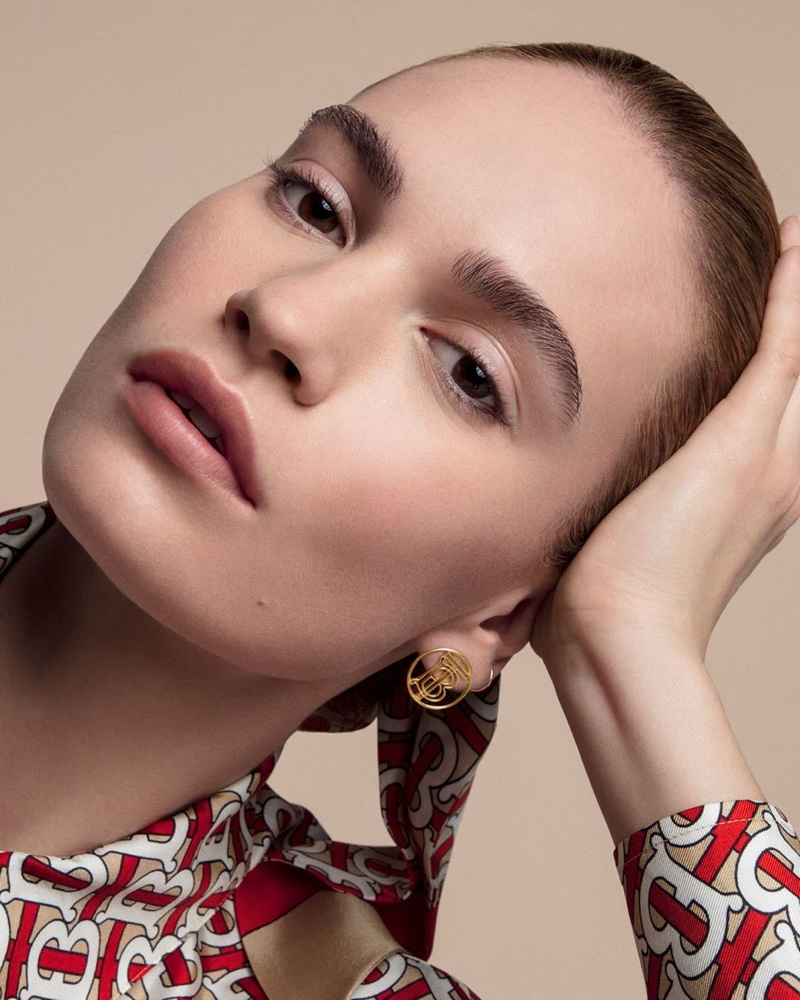 Lily James stars in Burberry Matte Glow Foundation campaign