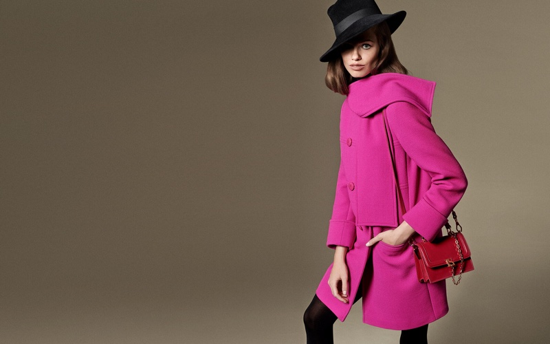 Luisa Spagnoli spotlights pink crepe coat in fall-winter 2019 campaign