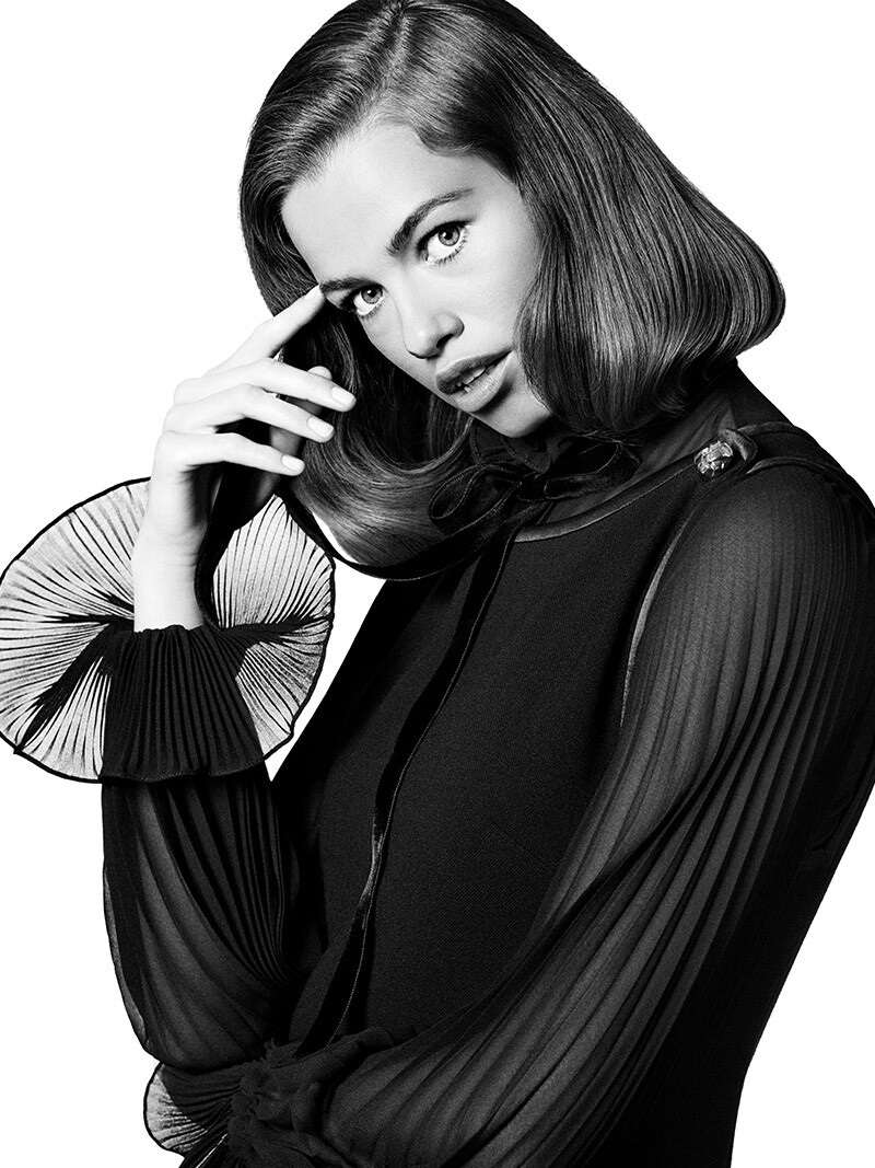 Posing in black and white, Hailey Clauson fronts Luisa Spagnoli fall-winter 2019 campaign