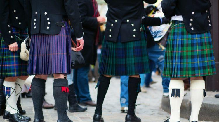 Men Kilts Style Fashion Plaid