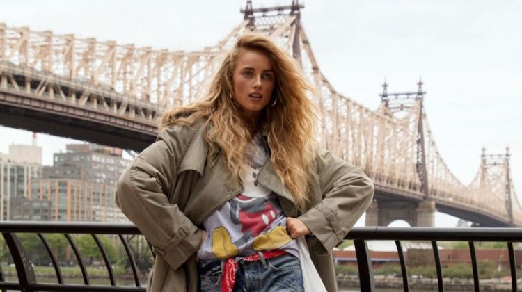 Rianne van Rompaey Embraces New York Street Style for Vogue Paris