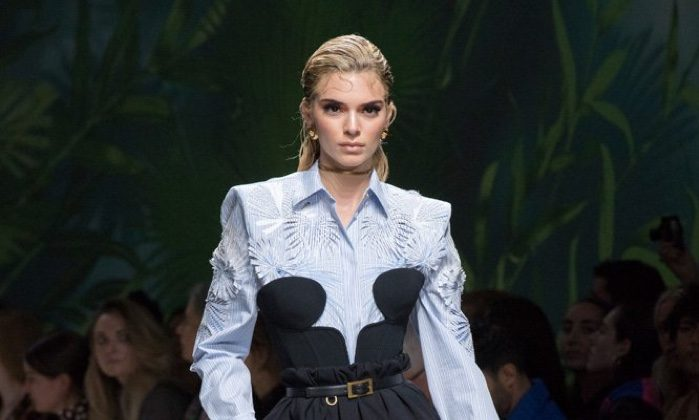 Versace Brings Tailoring & Seduction for Spring 2020
