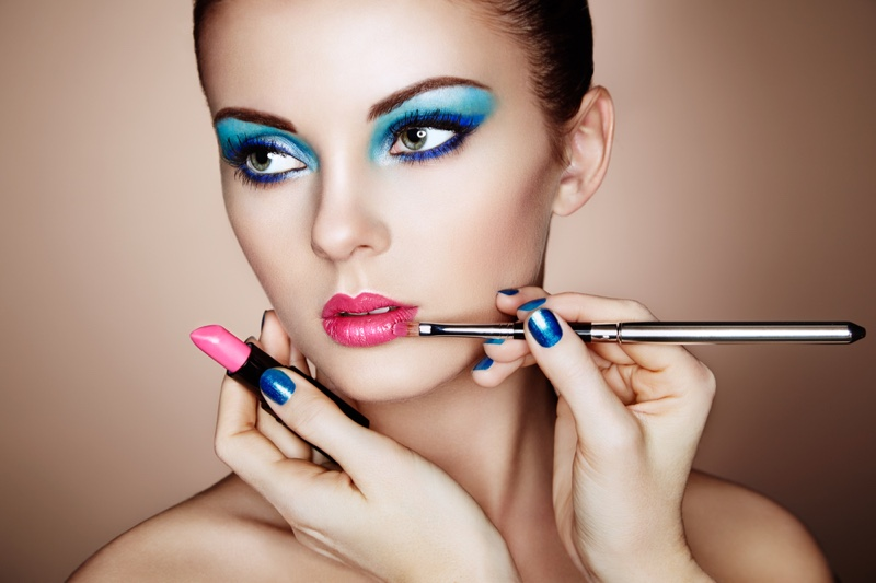 Beauty Blue Eyeshadow Pink Lipstick Makeup Artist Applying